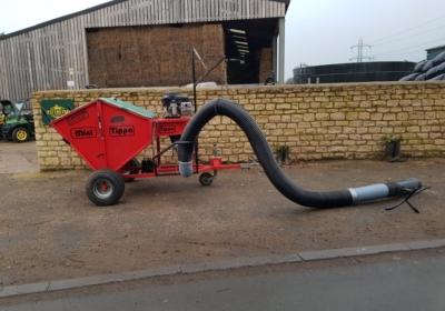 Mini Tippa paddock vacuum/ paddock cleaner/ poo hoover/ leaf hoover- SOLD