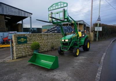 John Deere 2036R compact loader tractor SOLD