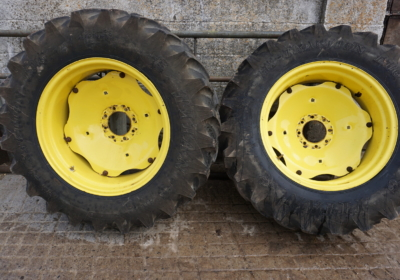 John Deere 4 series wheels, full set front and rears