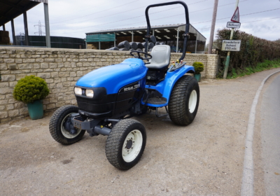 New Holland TC27D compact tractor, small tractor- SOLD