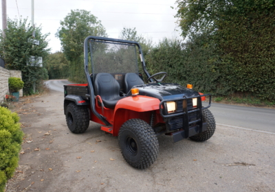 John Deere 4×2 gator, utility vehicle, petrol buggy